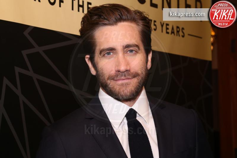Jake Gyllenhaal - New York - 15-11-2018 - Jake Gyllenhaal sbarca su Instagram e con una notizia importante