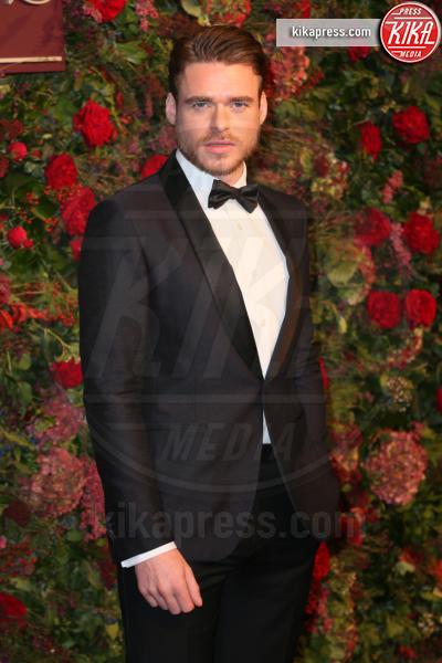 Richard Madden - Londra - 18-11-2018 - Oggi è uno degli attori più belli dello showbiz: lo riconosci?