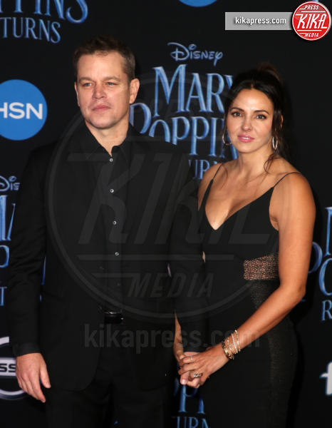 Luciana Barroso, Matt Damon - Hollywood - 30-11-2018 - Emily Blunt, première in bianco per Mary Poppins
