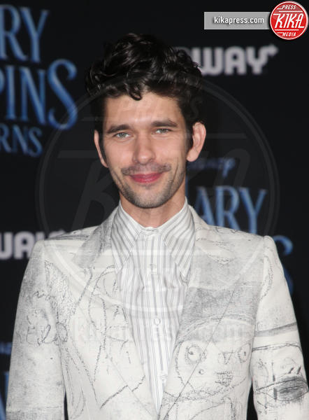 Ben Whishaw - Hollywood - 30-11-2018 - Emily Blunt, première in bianco per Mary Poppins