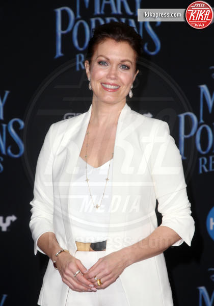 Bellamy Young - Hollywood - 30-11-2018 - Emily Blunt, première in bianco per Mary Poppins