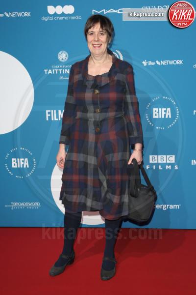 Guest - Londra - 02-12-2018 - Emma Stone: Red Passion sul tappeto rosso dei BIFA 2018