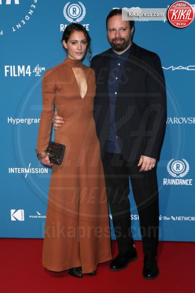 Ariane Labed, Yorgos Lanthimos - Londra - 02-12-2018 - Emma Stone: Red Passion sul tappeto rosso dei BIFA 2018