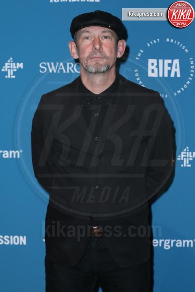 Ian Hart - Londra - 02-12-2018 - Emma Stone: Red Passion sul tappeto rosso dei BIFA 2018