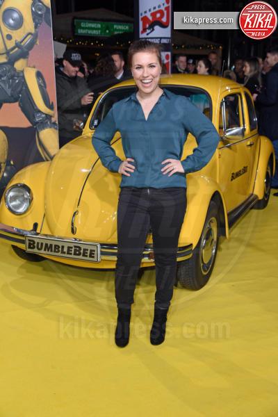 Sarah Tkotsch - Berlino - 03-12-2018 - Hailee Steinfeld: lace-up mozzafiato alla premiere di Bumblebee