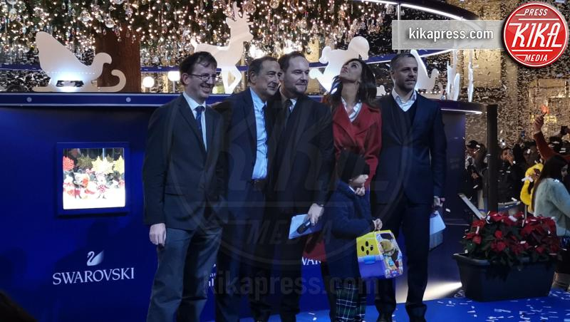 Santiago De Martino, Giuseppe Sala, Belen Rodriguez - Milano - 04-12-2018 - Belen Rodriguez accende il Natale milanese firmato Swarovski