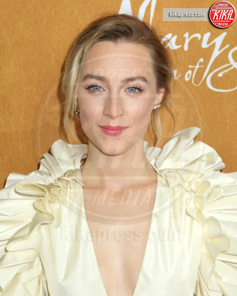 Saoirse Ronan - New York - 04-12-2018 - Maria Regina di Scozia: il red carpet di New York