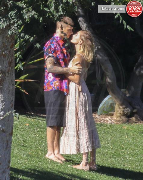 Hailey Baldwin, Justin Bieber - Los Angeles - 04-12-2018 - Justin Bieber, metti le mani a posto con Hailey!