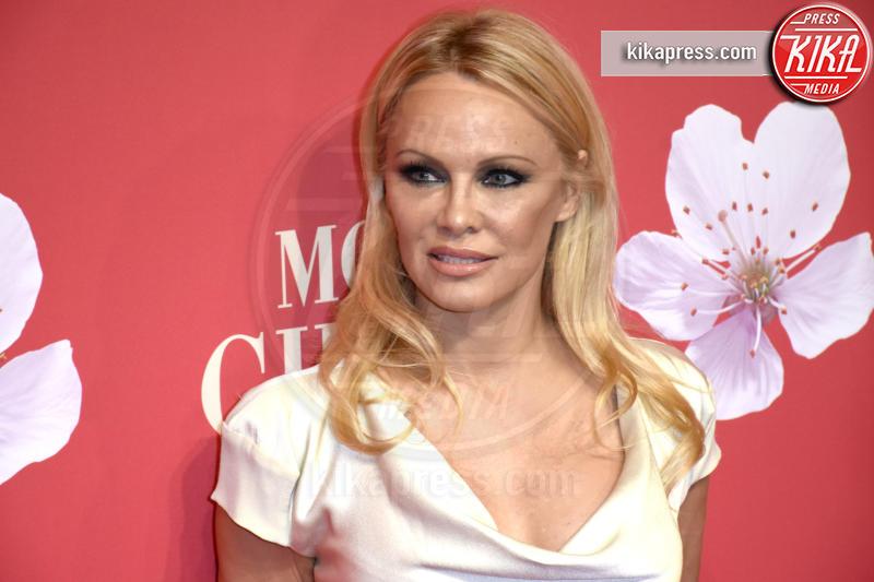 Pamela Anderson - Munich - 04-12-2018 - Pamela Anderson a Verissimo, tra nozze, Metoo e Julian Assange