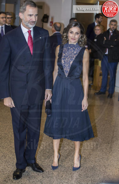 Re Felipe di Borbone, Letizia Ortiz - Madrid - 05-12-2018 - Regina Letizia di Spagna: scollatura fino all'ombelico!