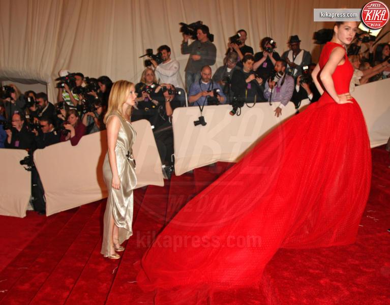 Doutzen Kroes - New York - 02-05-2011 - Jennifer Lopez e Chiara Ferragni, chi lo indossa meglio?