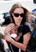 Angelina Jolie - New Orleans - 16-11-2007 - Angelina Jolie rischia di perdere la figlia adottiva Zahara