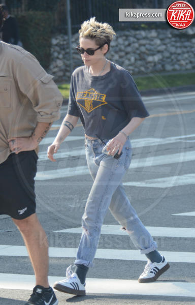 Kristen Stewart - Los Feliz - 25-12-2018 - Kristen Stewart e Sara Dinkin, le prime immagini insieme