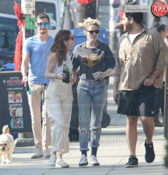 Sara Dinkin, Kristen Stewart - Los Feliz - 25-12-2018 - Kristen Stewart e Sara Dinkin, le prime immagini insieme