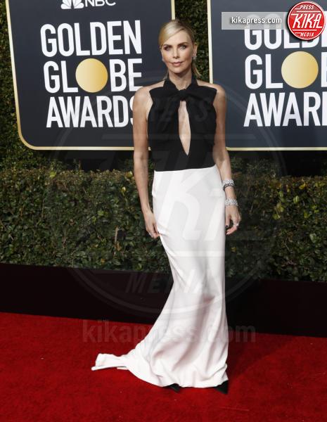 Charlize Theron - Los Angeles - 06-01-2019 - Charlize Theron e Kate Winslet, chi lo indossa meglio?
