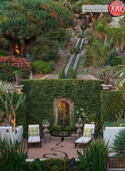 Casa Jim Parsons, Jim Parsons - Hollywood - 10-01-2019 - L'attore più ricco della tv vive qui, in un paradiso