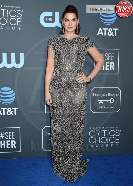 Debra Messing - Santa Monica - 13-01-2019 - Lady Gaga: una dea greca ai Critics' Choice Awards