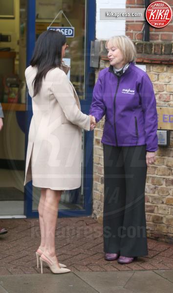 Duchess of Sussex, Meghan, Meghan Markle - Londra - 16-01-2019 - Meghan Markle colpisce ancora, tubino stretch e pancia in vista!