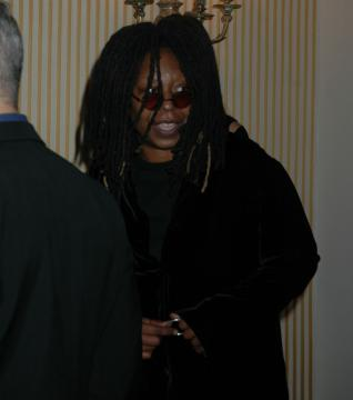 "Whoopi Goldberg - New York - ""Wake up With Whoopi"", la medium di ""Ghost"" passa alla radio"