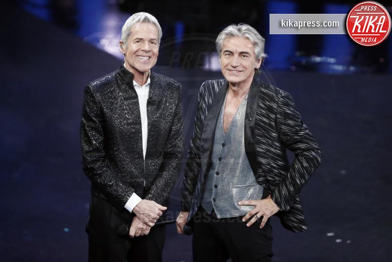 08-02-2019 - Sanremo, bufera su Francesco Renga al Dopofestival