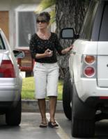 """Lynne Spears - Beverly Hills - 20-11-2007 - Britney Spears accusa la madre: """"Fa sesso con il mio ex marito"""""""