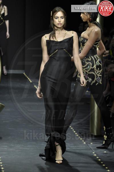 Irina Shayk, Modella - Milano - 23-02-2019 - Milano Fashion Week: la sfilata di Versace
