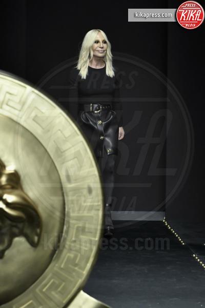 Donatella Versace, Modella - Milano - 23-02-2019 - Milano Fashion Week: la sfilata di Versace