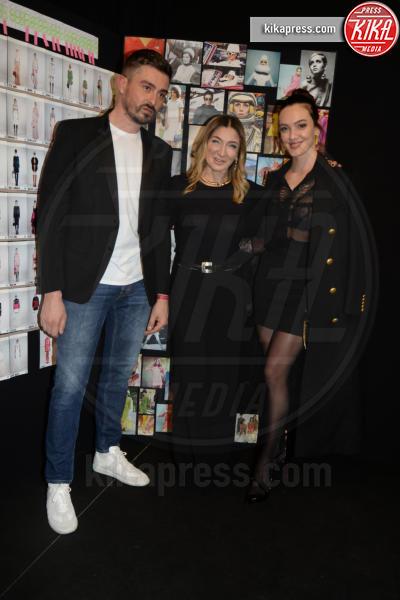 Elisabetta Franchi - Milano - 23-02-2019 - Simona Ventura e Giovanni Terzi, due piccioncini in prima fila