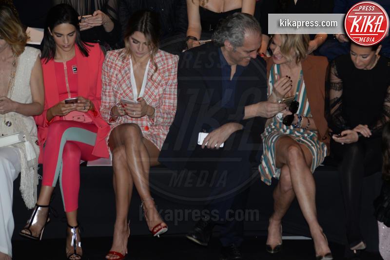 Rocio Munoz Morales, Giovanni Terzi, Simona Ventura - Milano - 23-02-2019 - Simona Ventura e Giovanni Terzi, due piccioncini in prima fila