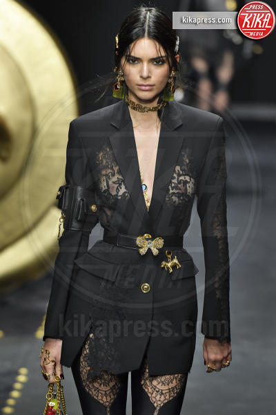 Kendall Jenner - Milano - 22-02-2019 - Milano Fashion Week: la sfilata di Versace