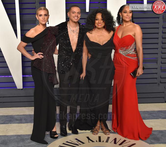 Evan Ross, Tracee Ellis Ross, Diana Ross, Ashlee Simpson - Beverly Hills - 24-02-2019 - Suoceri famosi delle star... e dove trovarli!