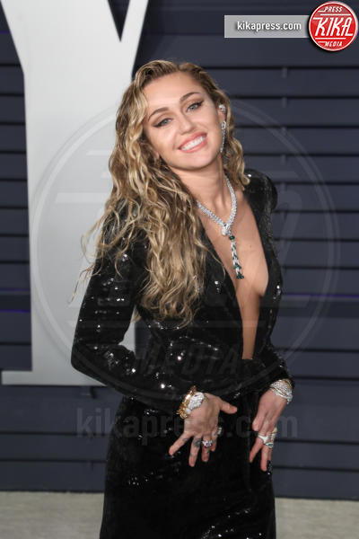 Miley Cyrus - Beverly Hills - 24-02-2019 - Case infestate vip e dove trovarle:da Sandra e Raimondo a Spagna