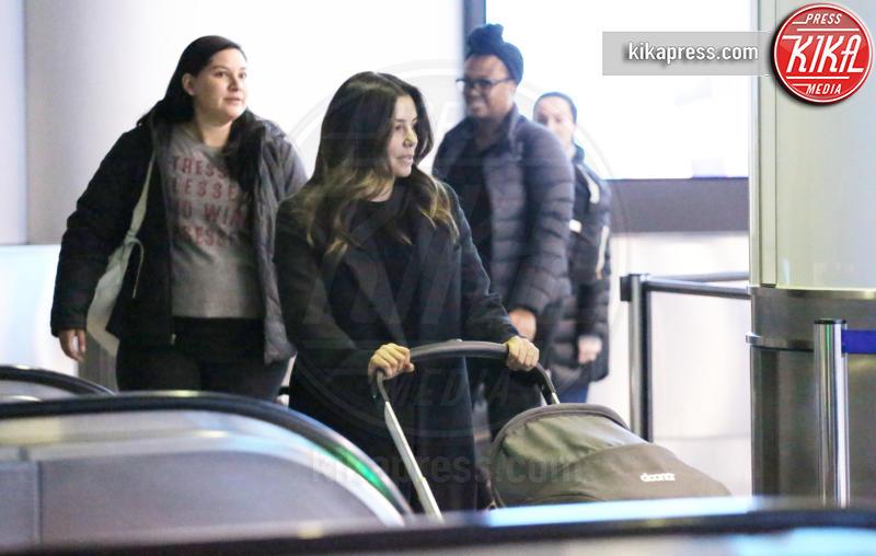 Santiago Enrique Baston, Eva Longoria - Los Angeles - 26-02-2019 - Eva Longoria e Santiago, quanta dolcezza al metal detector
