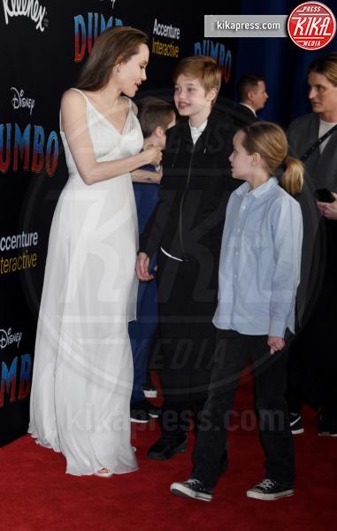 Knox Jolie-Pitt, Vivienne Marcheline Jolie-Pitt, Shiloh Jolie-Pitt, Angelina Jolie - Hollywood - 11-03-2019 - Angelina Jolie brilla come una stella alla prima di Dumbo