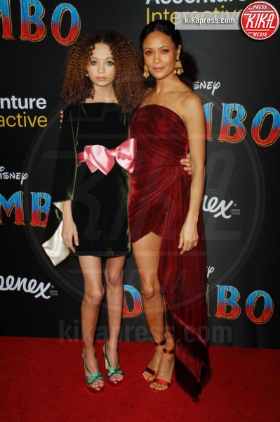 Nico Parker, Thandie Newton - 11-03-2019 - Angelina Jolie brilla come una stella alla prima di Dumbo