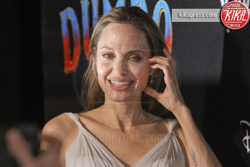 Angelina Jolie - 11-03-2019 - Angelina Jolie brilla come una stella alla prima di Dumbo