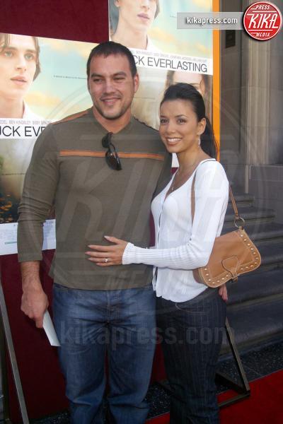 Tyler Christopher, Eva Longoria - Hollywood - 05-10-2002 - Eva Longoria, splendida 44enne: 10 cose che non sai di lei