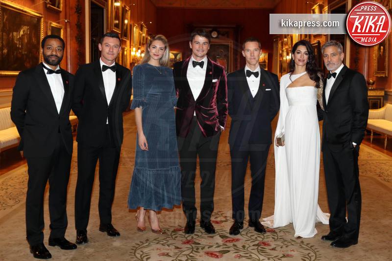 Prince's Trust Dinner 2019, Amal Clooney, Benedict Cumberbatch, Principe Carlo d'Inghilterra, Luke Evans, Tamsin Egerton, Josh Hartnett, George Clooney - Londra - 12-03-2019 - Amal e George Clooney, che risate col Principe Carlo!
