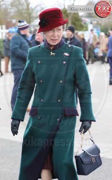 Principessa Anna d'Inghilterra, Princess Anne - Cheltenham - 13-03-2019 - Cheltenham Festival: Zara Phillips e mamma Anna in prima fila