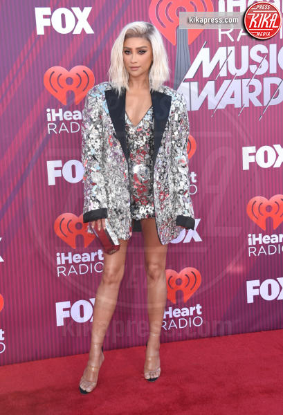 Shay Mitchell - Los Angeles - 14-03-2019 - A volte ritornano: Taylor Swift agli iHeartRadio Music Awards