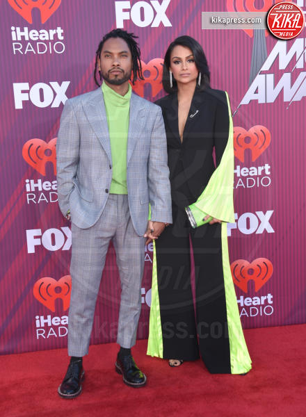 Nazanin Mandi, Miguel - Los Angeles - 14-03-2019 - A volte ritornano: Taylor Swift agli iHeartRadio Music Awards