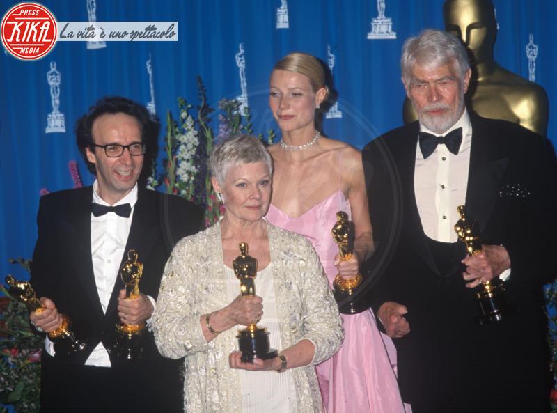 Roberto Benigni, Judi Dench, Gwyneth Paltrow - Los Angeles - 21-03-1999 - La vita è bella, 20 anni dall'Oscar: le curiosità sul film