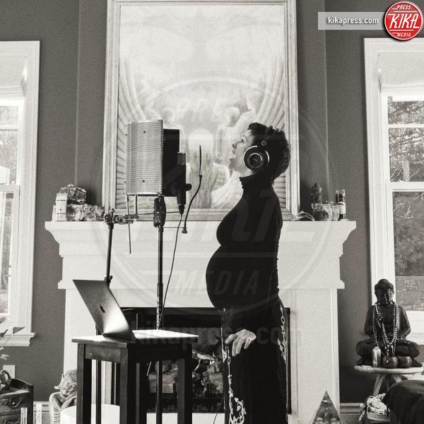 Alanis Morissette - 27-03-2019 - Alanis Morissette è diventata mamma per la terza volta