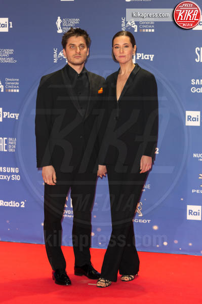 Luca Marinelli - Roma - 27-03-2019 - David 2019: il volo della gonna di Taylor Mega sul red carpet