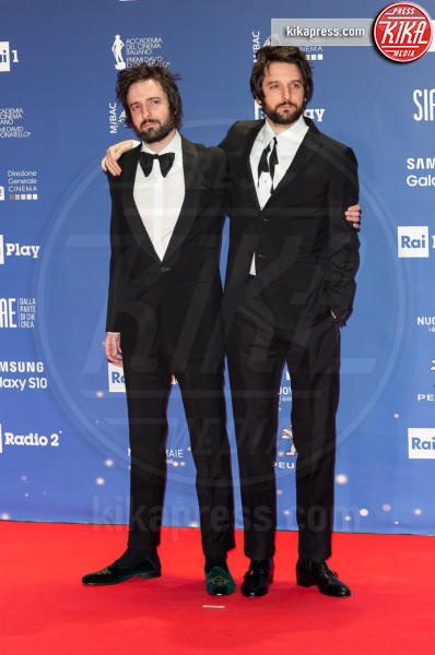 Damiano D'Innocenzo, Fabio D'Innocenzo - Roma - 27-03-2019 - David 2019: il volo della gonna di Taylor Mega sul red carpet