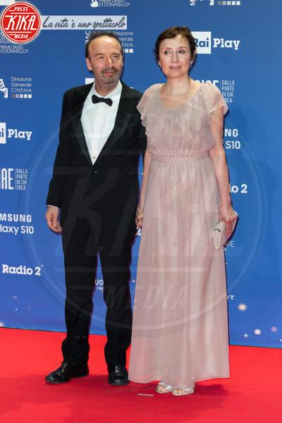 Nicoletta Braschi, Roberto Benigni - Roma - 27-03-2019 - David 2019: il volo della gonna di Taylor Mega sul red carpet