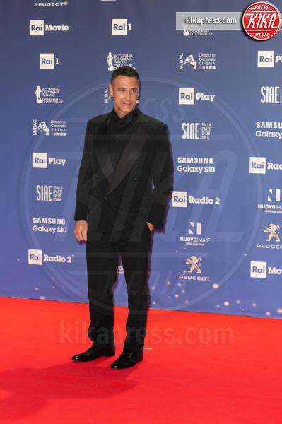 Raoul Bova - Roma - 27-03-2019 - David 2019: il volo della gonna di Taylor Mega sul red carpet