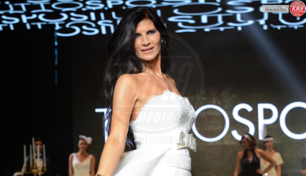 Pamela Prati - Napoli - 28-10-2016 - Abbandonati all'altare: un incubo anche per le star!