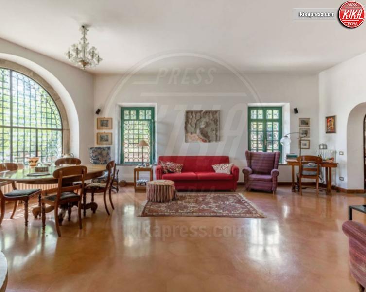 Villa Eduardo De Filippo - Velletri - 09-04-2019 - In vendita a Velletri la villa di Eduardo De Filippo