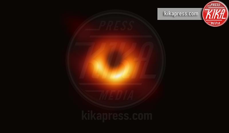 Buco nero - 10-04-2019 - Addio 2019, le immagini simbolo dell'anno